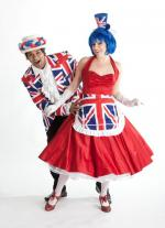 Union Jack theme balloontwister duo