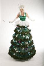 Xmas Tree Stiltwalking fairy